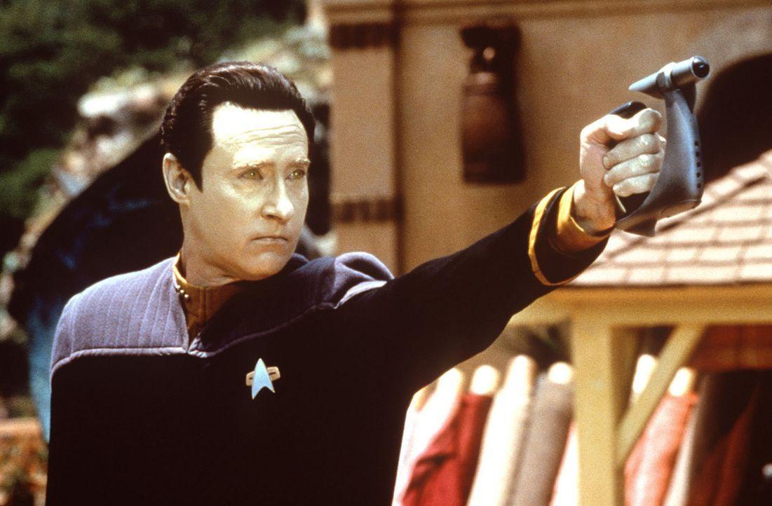 Data (Brent Spiner) läuft Amok - angeblich ... - Bildquelle: Paramount Pictures