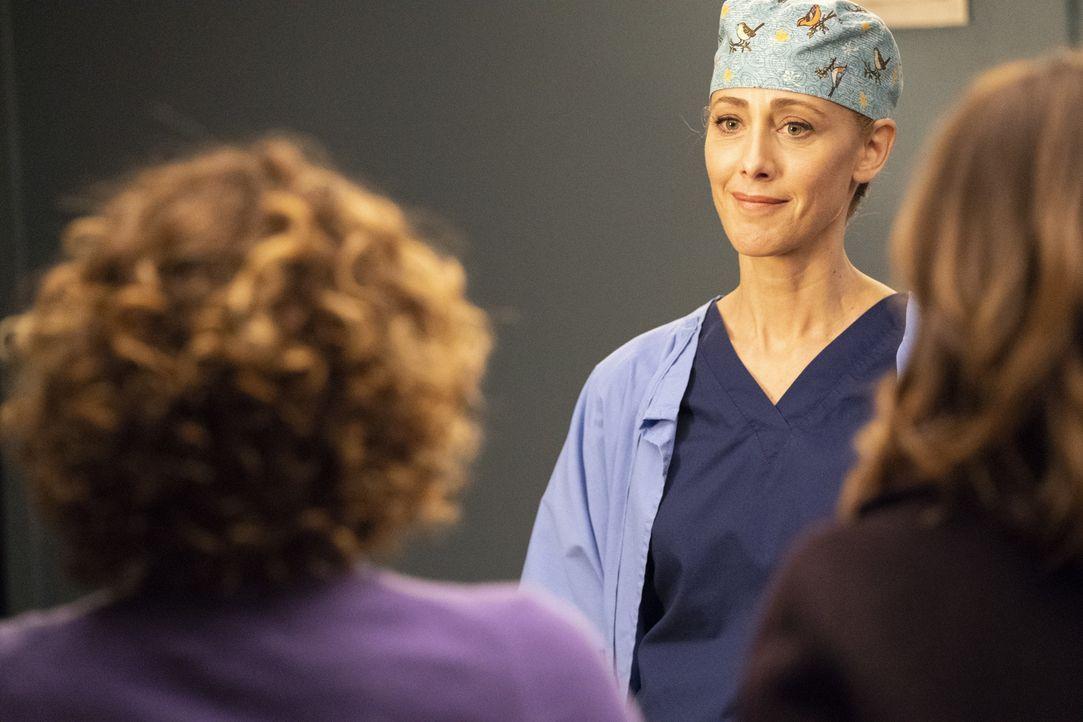 Dr. Teddy Altman (Kim Raver) - Bildquelle: Mitch Haaseth ABC Studios