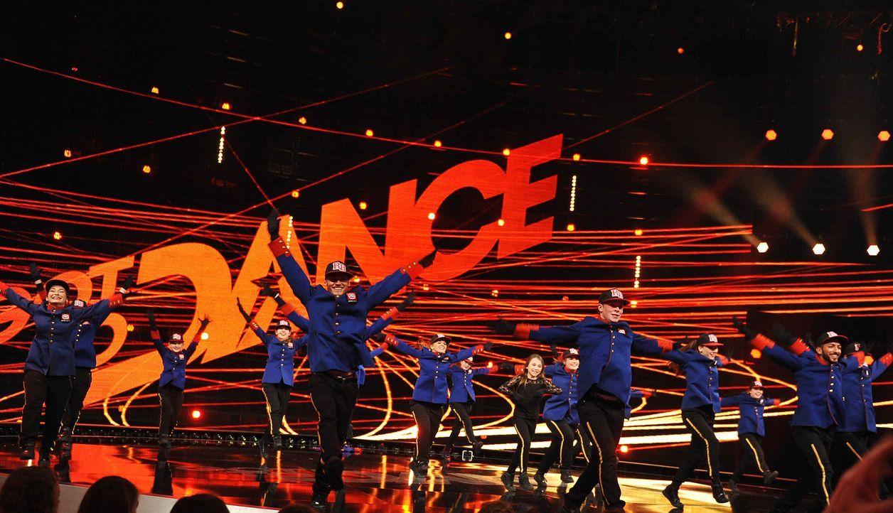 Got-To-Dance-Danceroom-03-SAT1-ProSieben-Willi-Weber - Bildquelle: SAT.1/ProSieben/Willi Weber