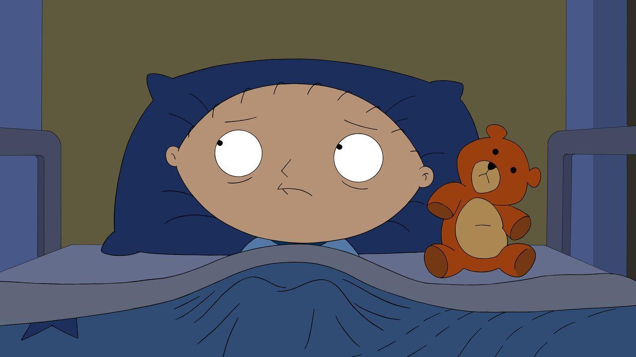 Stewie wird sich bewusst, dass jeder einmal sterben muss und versucht, sich deshalb gleich selbst das Leben zu nehmen ... - Bildquelle: 2014 Twentieth Century Fox Film Corporation. All rights reserved.