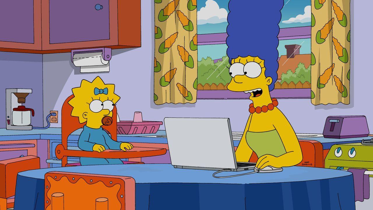 Nachdem Homer wegen eines Fotos, das Marge (r.) gepostet hatte, gefeuert wurde, muss er sich einen neuen Job suchen ... - Bildquelle: 2015 Fox and its related entities.  All rights reserved.