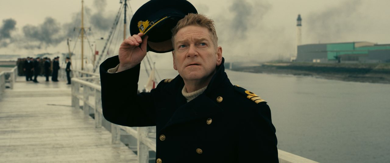 Commander Bolton (Kenneth Branagh) - Bildquelle: Warner Bros.