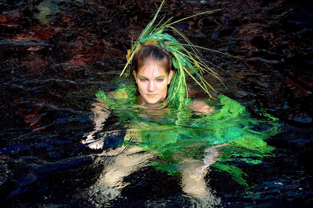 gntm-stf08-epi02-unterwasser-shooting-35-oliver-s-prosiebenjpg 2000 x 1331 - Bildquelle: Oliver S. - ProSieben