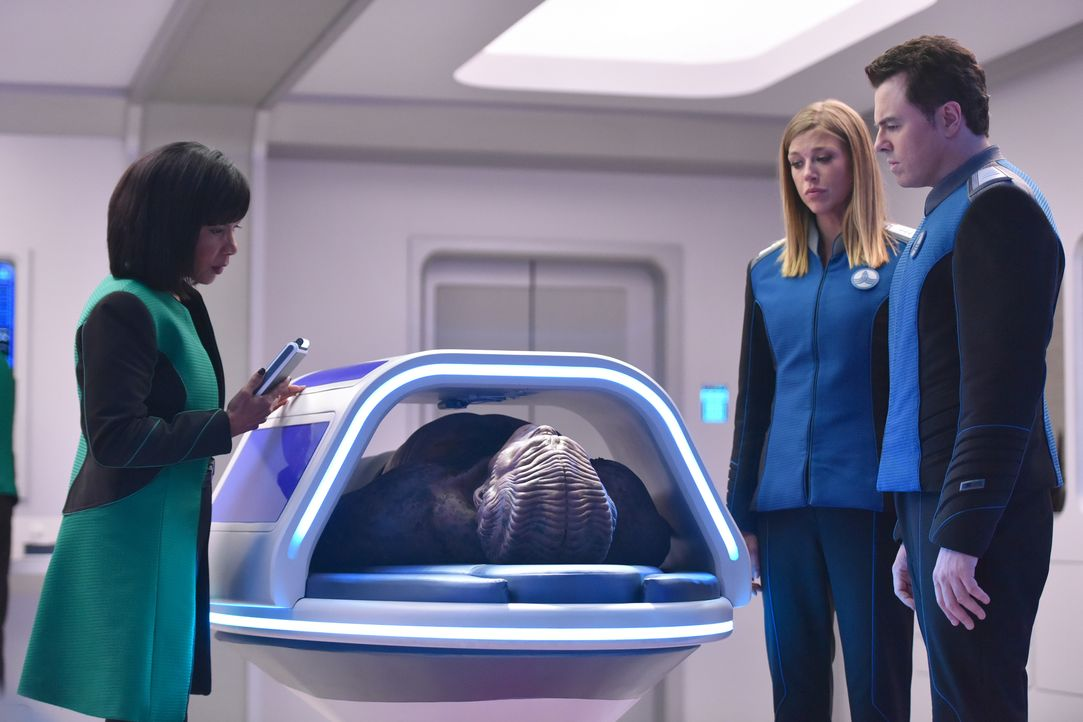 (v.l.n.r.) Dr. Claire Finn (Penny Johnson Jerald); Lieutenant Commander John LaMarr (J. Lee); Commander Kelly Grayson (Adrianne Palicki); Captain Ed... - Bildquelle: Michael Becker 2019 Twentieth Century Fox Film Corporation. All rights reserved. / Michael Becker