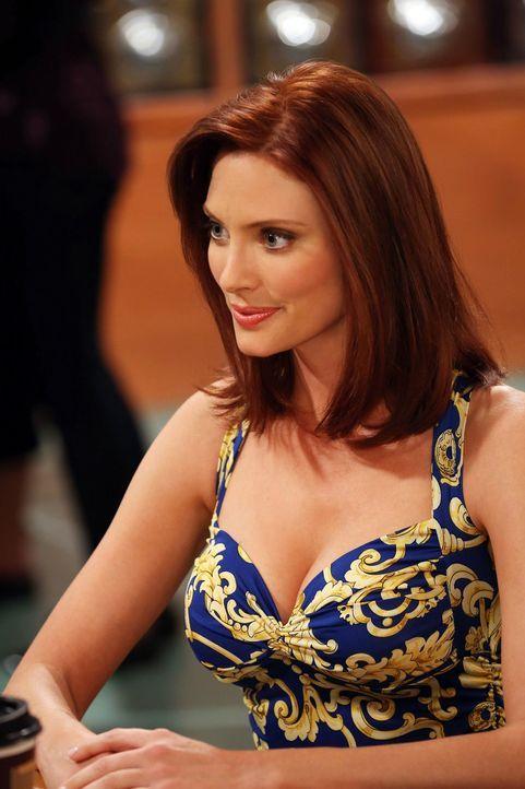 Will es mit Alan noch einmal versuchen: seine Exfrau Kandi (April Bowlby) ... - Bildquelle: Warner Bros. Television