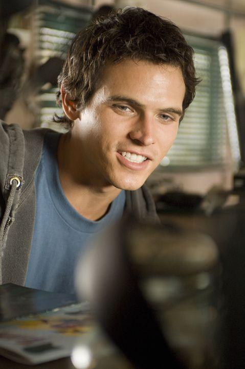 Ex-Surfer-Star Chris (Tad Hilgenbrink) ahnt nicht, dass sein früheres Idol ein Vampir ist ... - Bildquelle: Warner Brothers