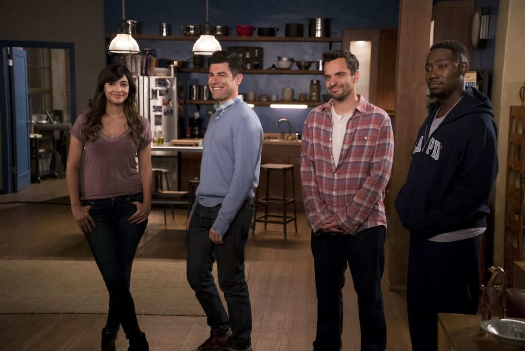 Also sich die selbstbewusste Reagan bei Cece (Hannah Simone, l.), Schmidt (Max Greenfield, 2.v.l.), Nick (Jake Johnson, 2.v.r.) und Winston (Lamorne... - Bildquelle: 2016 Fox and its related entities.  All rights reserved.