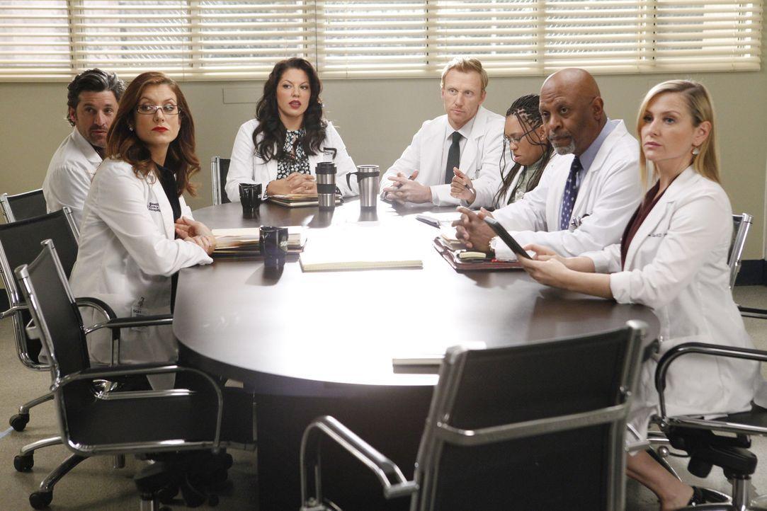 Merediths Mutter Ellis ist Chefärztin am Seattle Greys Hospital und macht der Belegschaft (v.l.n.r.: Patrick Dempsey, Kate Walsh, Sara Ramirez, Kev... - Bildquelle: ABC Studios