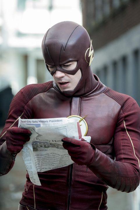 Ausgerechnet als Barry alias The Flash (Grant Gustin) sich dazu entschließt in die Zukunft zu reisen, um endlich die Identität von Savitar herauszuf... - Bildquelle: 2016 Warner Bros.