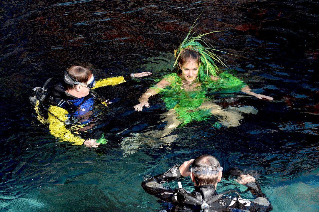 gntm-stf08-epi02-unterwasser-shooting-36-oliver-s-prosiebenjpg 2000 x 1331 - Bildquelle: Oliver S. - ProSieben