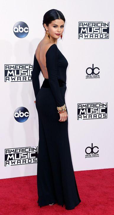 AMAs-Selena-Gomez-14-11-23-dpa - Bildquelle: dpa