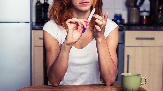 Auf die Pflege der Nägel solltest du achten – und Vorbereitung ist wohl bekan...