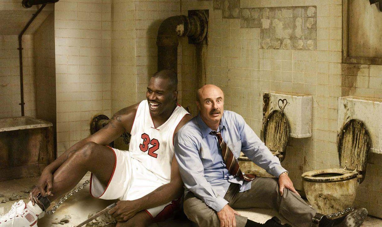 Sterben oder sägen: Shaq (Shaquille O'Neal, l.) und Dr. Phil (Phil McGraw, r.) ... - Bildquelle: The Weinstein Company. All Rights Reserved.