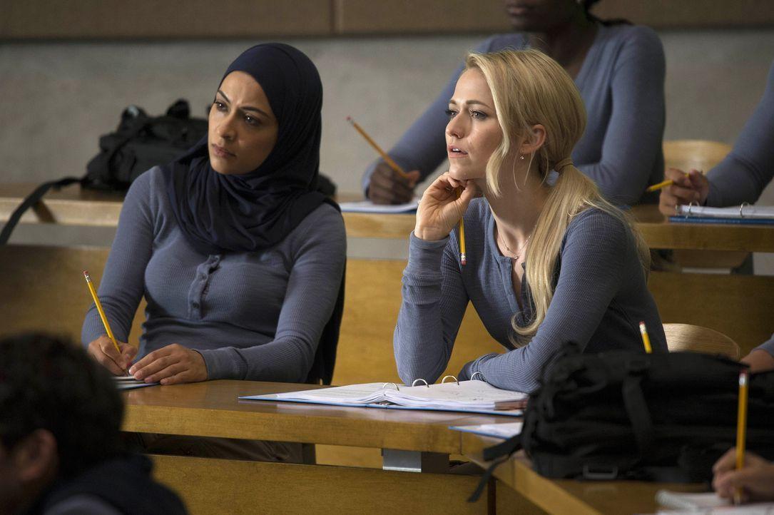 Müssen eine neue Aufgabe bewältigen - doch werden sie dies schaffen? Nimah (Yasmine Al Massri, l.) und Shelby (Johanna Braddy, r.) ... - Bildquelle: 2015 ABC Studios
