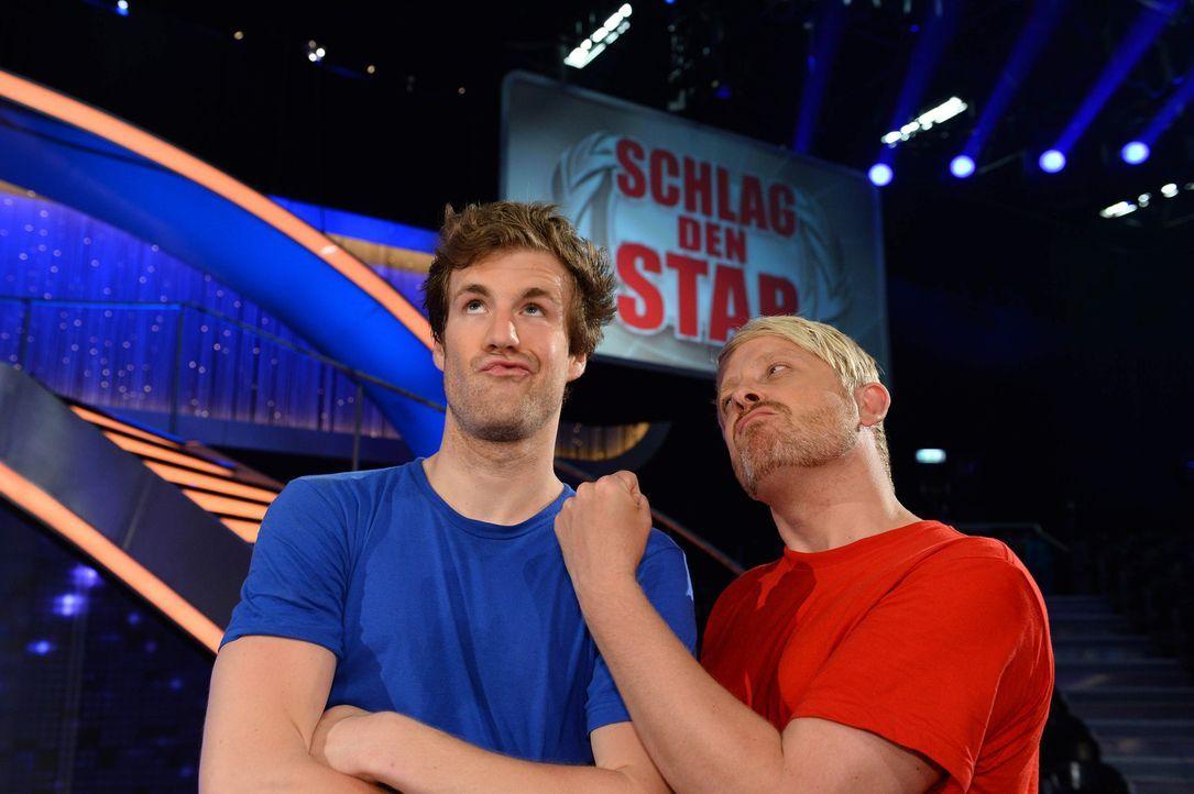 Für jeden Spaß zu haben: Comedian Luke Mockridge (l.) und Moderator Ross Antony (r.) ... - Bildquelle: Willi Weber ProSieben