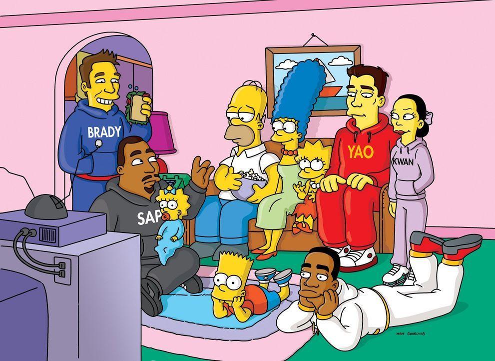 Homer (4.v.l.) soll beim Superbowl-Endspiel die Halbzeit-Show produzieren, doch wird ihm das gelingen? - Bildquelle: und TM Twentieth Century Fox Film Corporation - Alle Rechte vorbehalten