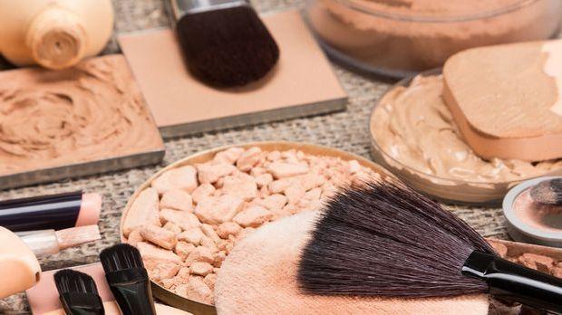 Was macht den Bronzer so besonders in deiner Make-up Routine und welche Form...