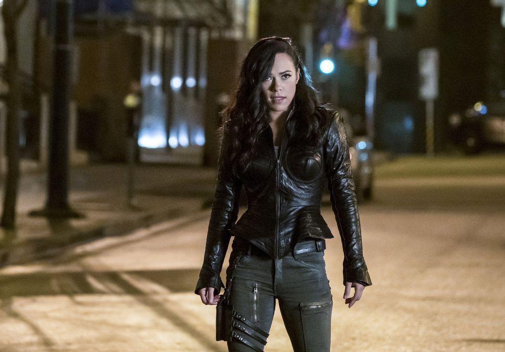 Wird Gypsy (Jessica Camacho) nach Central City zurückkehren und Team Flash im Kampf gegen die Gorillas unterstützen? - Bildquelle: 2016 Warner Bros.