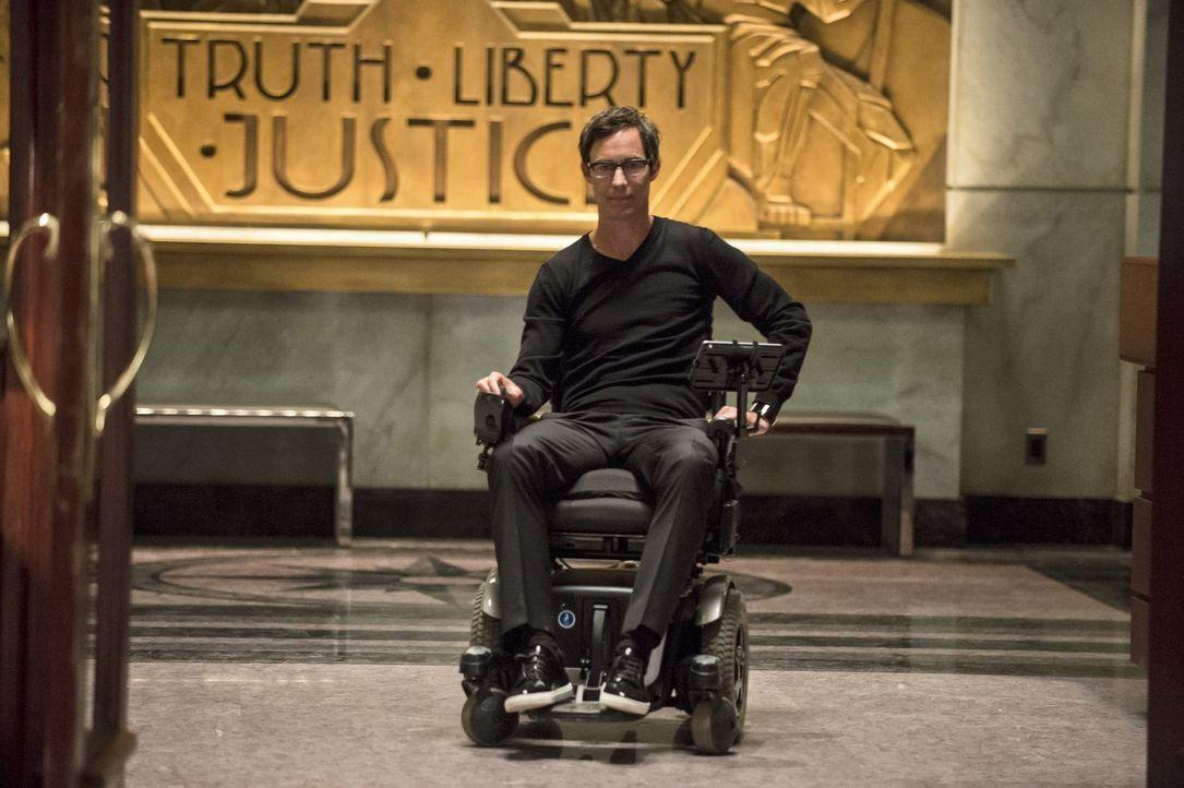 Führt Harison Wells (Tom Cavanaugh) nur Gutes im Schilde? - Bildquelle: Warner Brothers.