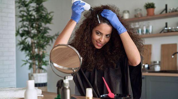 Handschuhe - ein wichtiges Tool zum Haare färben