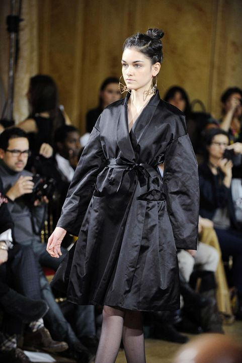 germanys-next-topmodel-stf07-epi10-fashion-show-luisa-044-oliver-s-prosiebenjpg 1298 x 1950 - Bildquelle: ProSieben/Oliver S.