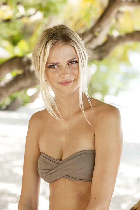 GNTM-Stf10-Epi13-Bikini-Shooting-Malediven-21-Darya-ProSieben-Boris-Breuer - Bildquelle: ProSieben/Boris Breuer