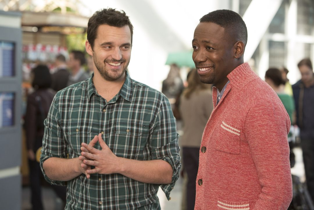Als Jess plötzlich Zweifel an ihren Feiertagsplänen bekommt, versuchen Nick (Jake Johnson, l.) und Winston (Lamorne Morris, r.), ihr gut zuzuspreche... - Bildquelle: 2014 Twentieth Century Fox Film Corporation. All rights reserved.