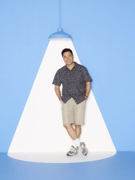 (2. Staffel) - Hat sich an sein neues Leben in der Vorstadt von Orlando, Florida gewohnt: Familienoberhaupt Louis Huang (Randall Park) ... - Bildquelle: 2015-2016 American Broadcasting Companies. All rights reserved.