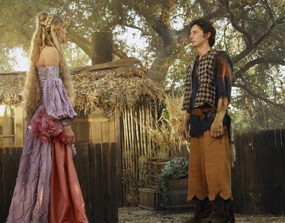 Beinahe kommt es zum Kuss zwischen der Prinzessin (Sarah Chalke, l.) und dem Dorftrottel (Zach Braff, r.) ... - Bildquelle: Touchstone Television