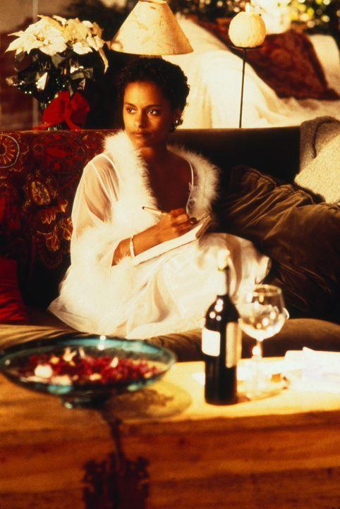 Eines Tages beschließt Gangsterboss Damien Wiles, sich seiner Geliebten (Kent Masters King) zu entledigen. Doch dann verliebt sich der Killer in di... - Bildquelle: 2003 Sony Pictures Television International. All Rights Reserved.