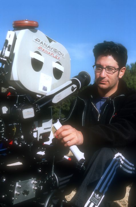 Regisseur Luke Greenfield in Aktion ... - Bildquelle: 2003 Senator Film