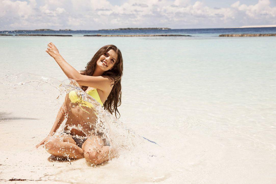 GNTM-Stf10-Epi13-Bikini-Shooting-Malediven-33-Vanessa-ProSieben-Boris-Breuer - Bildquelle: ProSieben/Boris Breuer