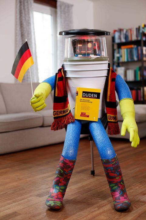 HitchBOT ist perfekt vorbereitet auf Deutschland, aber wie werden die Bundesbürger auf den gesprächigen Roboter reagieren? - Bildquelle: ProSieben