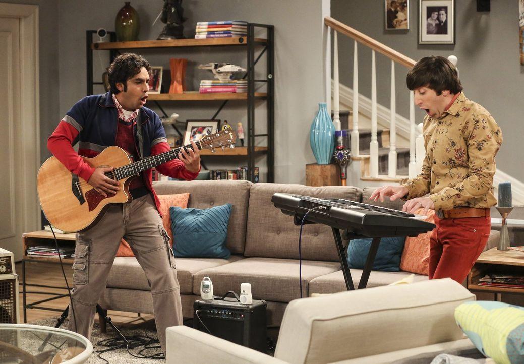 Raj (Kunal Nayyar, l.) und Howard (Simon Helberg, r.) proben für ihren ersten Auftritt, doch dann muss Howard feststellen, dass es nicht so einfach... - Bildquelle: Warner Bros. Television