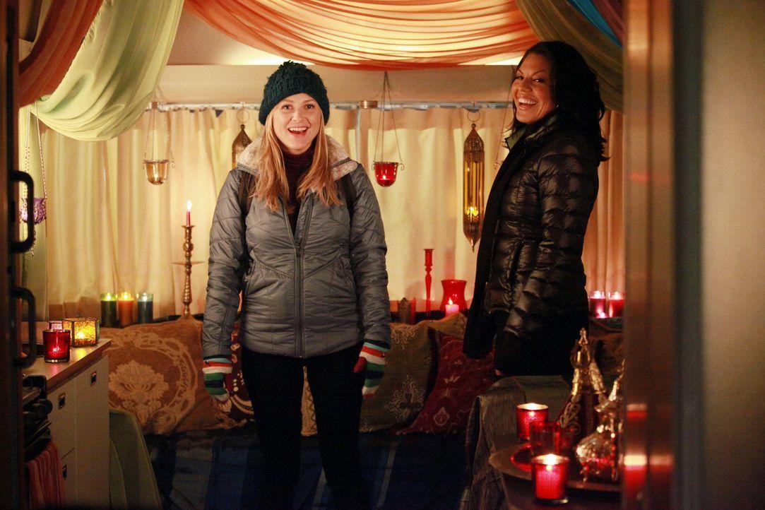 Am Valentinstag geht es hoch her am Seattle Grace: Owen konfrontiert Cristina damit, dass er ausziehen möchte, während Callie (Sara Ramirez, r.) e... - Bildquelle: ABC Studios