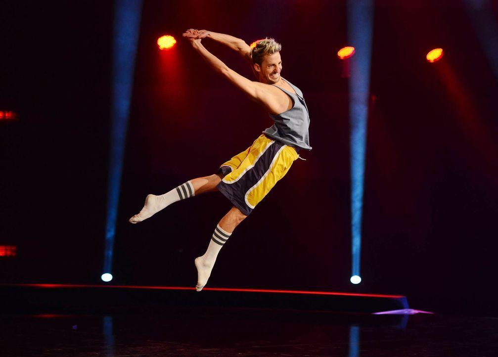 Will mit seiner Performance die Jury von sich überzeugen: Florian ... - Bildquelle: Willi Weber SAT.1/ProSieben