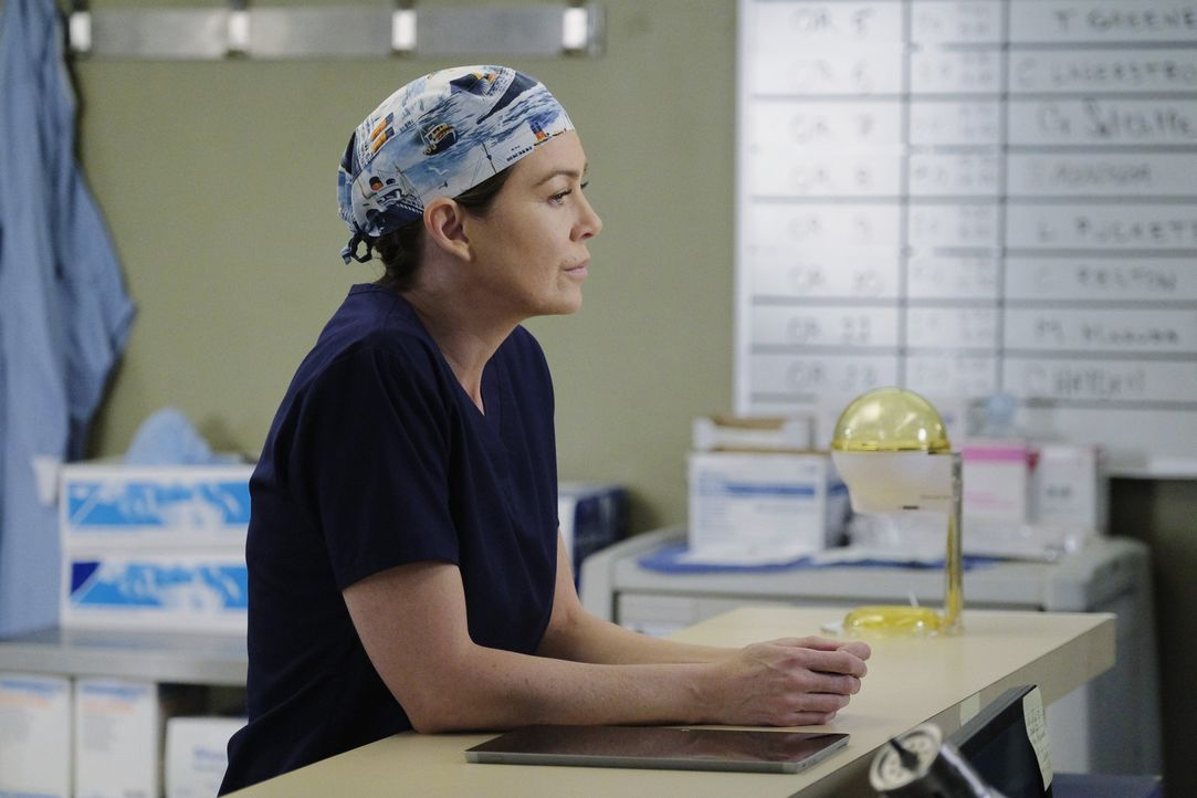 Während eine von Merediths (Ellen Pompeo) ersten Patientinnen mit einem Aneurysma ins Krankenhaus kommt, vermutet Maggie, dass Webber über ihre Bezi... - Bildquelle: Tony Rivetti ABC Studios