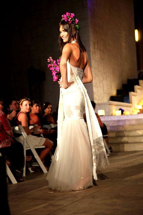 germanys-next-topmodel-stf07-epi09-fashionshow-045-prosiebenjpg 1333 x 2000 - Bildquelle: ProSieben