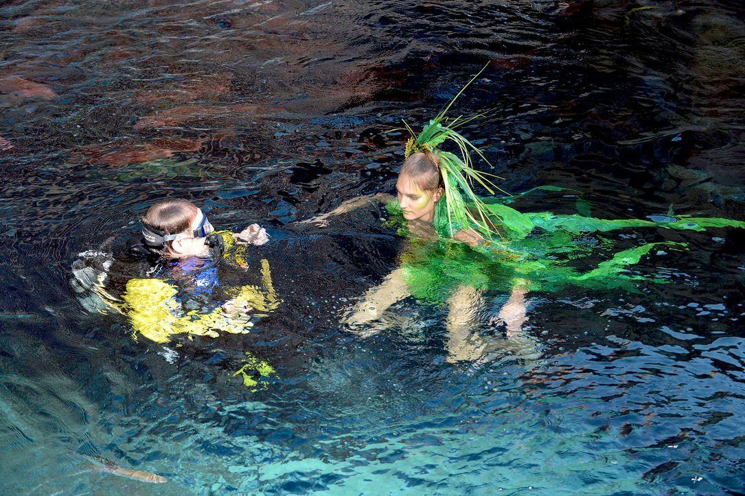 gntm-stf08-epi02-unterwasser-shooting-33-oliver-s-prosiebenjpg 2000 x 1331 - Bildquelle: Oliver S. - ProSieben