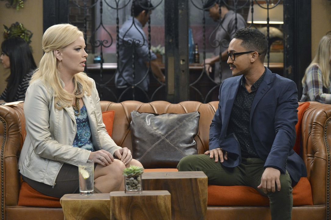 Bonnie (Melissa Peterman, l.); Tucker (Tahj Mowry, r.) - Bildquelle: Eric McCandless ABC Family/Eric McCandless