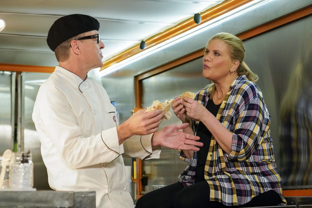Rudy (French Stewart, l.); Tammy (Kristen Johnston, r.) - Bildquelle: Robert Voets Warner Bros. Entertainment, Inc. / Robert Voets