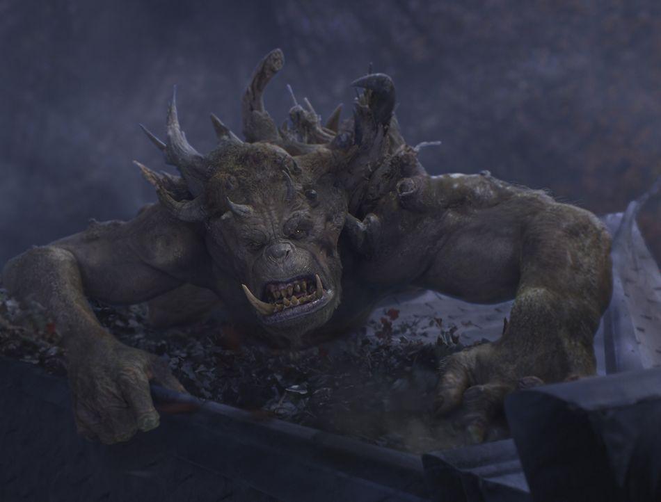 """Mit dem Oger Mulgarath ist nicht gut Kirschen essen. Er will das """"Handbuch der magischen Geschöpfe"""" unter seine Kontrolle bringen, um mit dessen Wis... - Bildquelle: Paramount Pictures"""