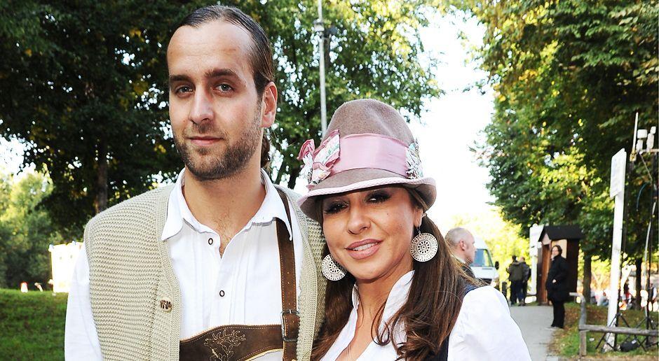 Oktoberfest-Simone-Thomalla-13-09-21-dpa - Bildquelle: dpa picture alliance