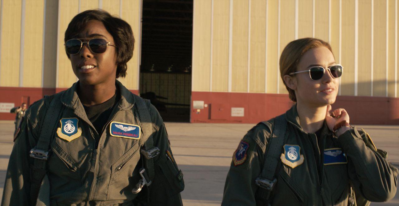 Maria Rambeau (Lashana Lynch, l.); Carol Danvers/Captain Marvel/Vers (Brie Larson, r.) - Bildquelle: Marvel Studios 2019