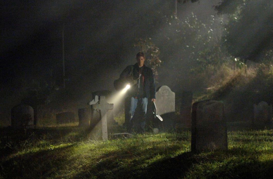 Hat Dean (Jensen Ackles) das richtige Grab gefunden? - Bildquelle: Warner Bros. Television