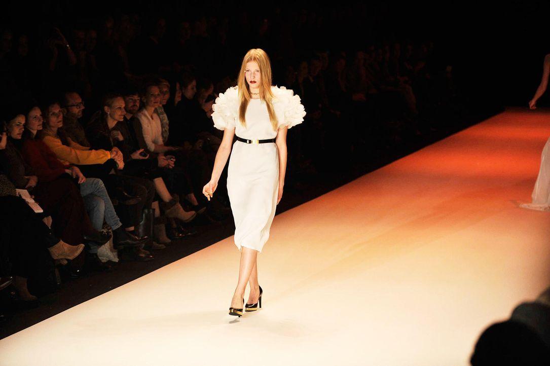 germanys-next-topmodel-stf07-epi03-fashion-show-16-oliver-s-prosiebenjpg 1990 x 1324 - Bildquelle: Oliver S./ProSieben