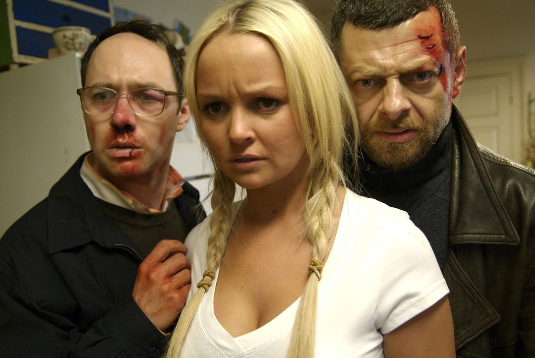 Mit der Hartnäckigkeit ihres Entführungsopfers (Jennifer Ellison, M.) haben Peter (Reece Shearsmith, l.) und David (Andy Serkis, r.) nicht gerechnet... - Bildquelle: 2008 Steel Mill (Yorkshire) Limited/UK Film Council. All Rights Reserved.