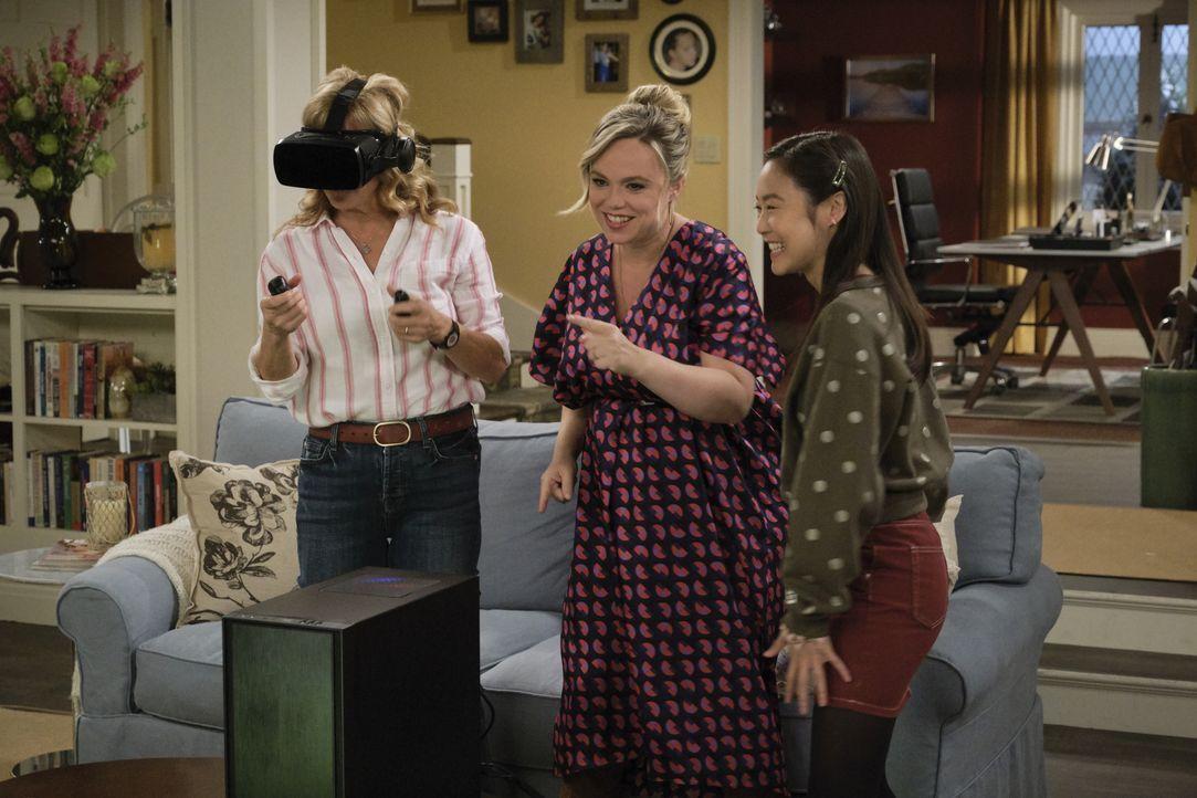 (v.l.n.r.) Vanessa Baxter (Nancy Travis); Kristin Baxter (Amanda Fuller); Jen (Krista Marie Yu) - Bildquelle: 2019-2020 Fox Media LLC.  All rights reserved.