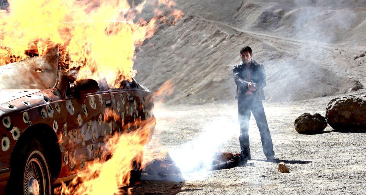 Mit zwei Millionen Dollar auf der Flucht: Als ''The Man'' (Scott Adkins) in einem verschlafenen Dorf in Mexiko strandet, kommen schon alle Bösewicht... - Bildquelle: 2014 Tiberius Film GmbH.