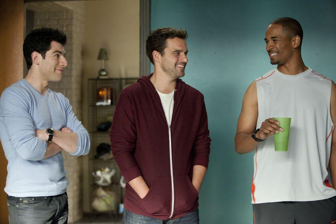Nehmen Jess in ihrer Männer-WG auf: Nick (Jake M. Johnson, M.), Schmidt (Max Greenfield, l.) und Coach (Damon Wayans Jr, r.) ... - Bildquelle: 20th Century Fox